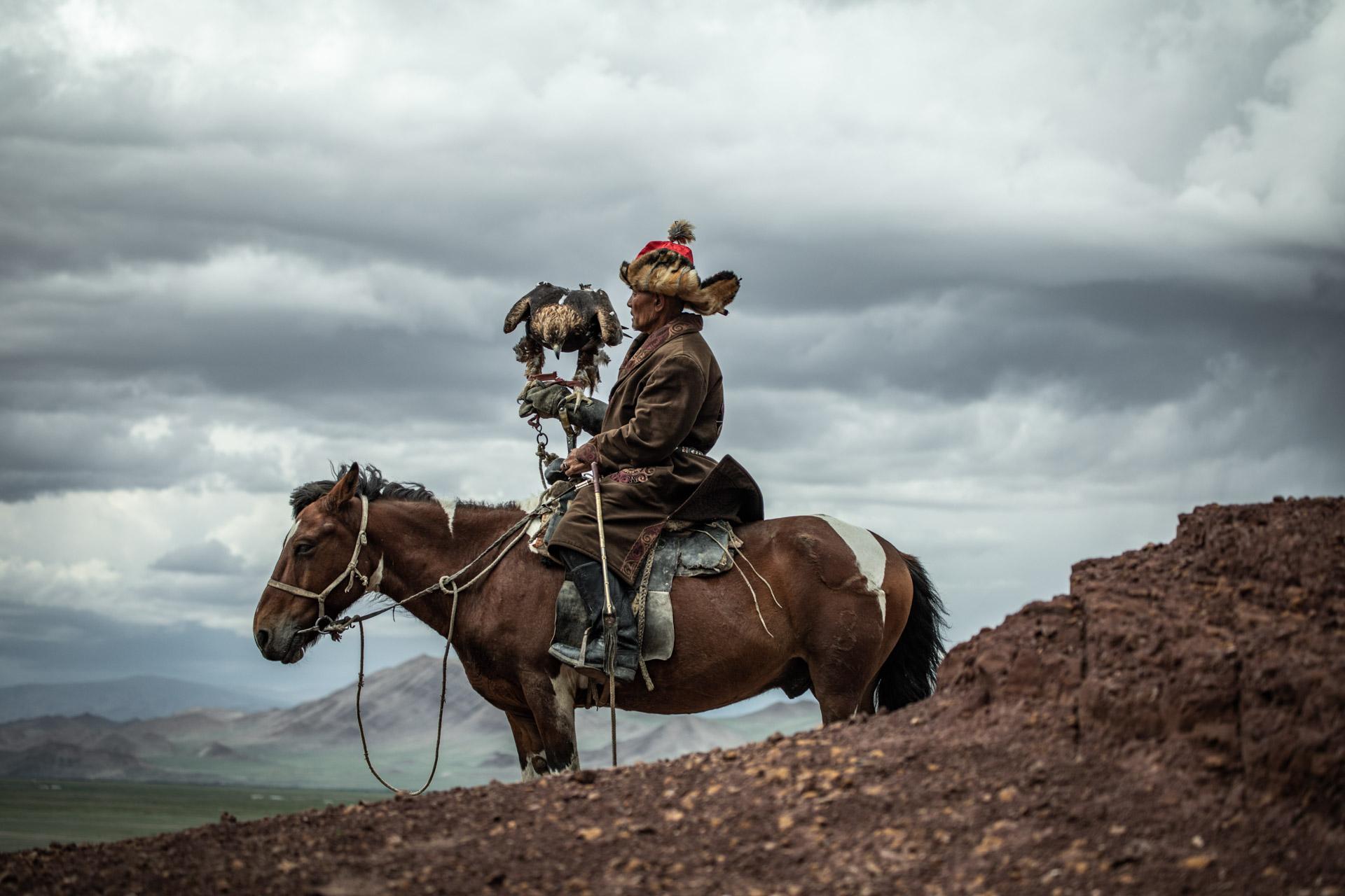 eagle-hunters-mongolia-photography